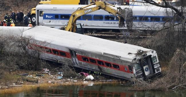 Feds: Engineer's sleepiness caused derailment
