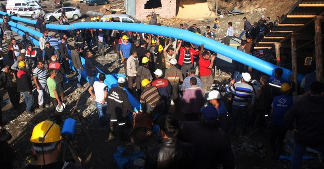 18 miners trapped in coal mine accident in Turkey