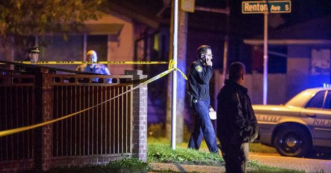 Police: 3 family members dead in Seattle shooting