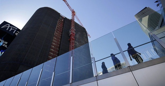 Flawed casino tower at center of Vegas trial