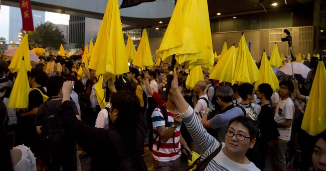 Hong Kong protesters suggest talks with Beijing
