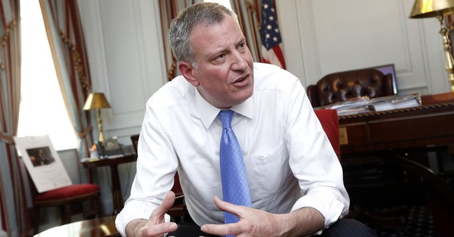 NYC mayor draws on stint as a Little League boss