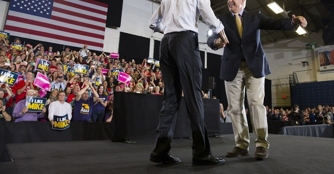 Obama rallies Maine voters, avoids spat over Ebola