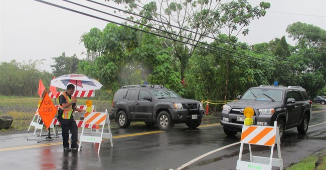 Guard troops sent to site of Hawaii lava flow
