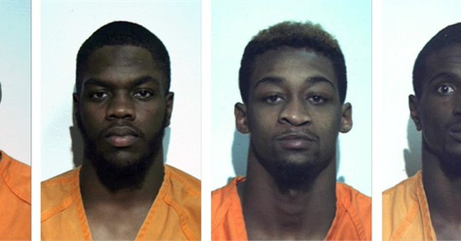 5 college football players charged in assault