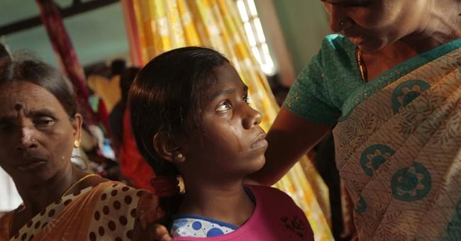 Shelters fill up after deadly Sri Lanka mudslide