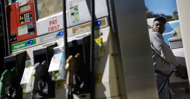 Fill 'er up: Gas under $3 for 1st time in 4 years