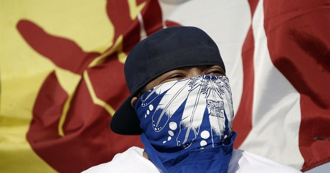 Judge suggests it's OK for Redskins to sue Indians