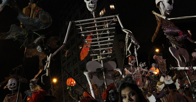 Superheroes, hazmat suits in NY Halloween parade