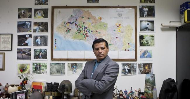 Salvador detective won't let the dead lie silent