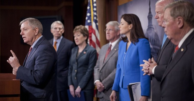 Republicans mull strategy if they control Congress