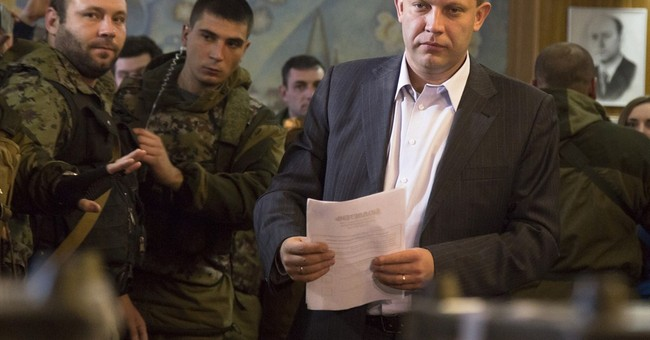 Ukrainian breakaway regions hold criticized vote