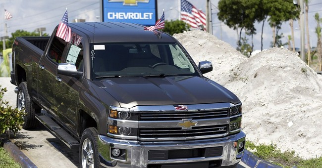 GM sales rise slightly on pickup truck gains