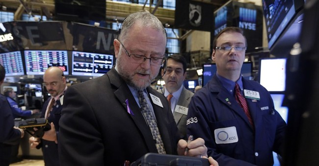 US stocks move lower as energy stocks slide