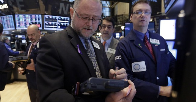 US stocks slip as oil's slump hits energy industry
