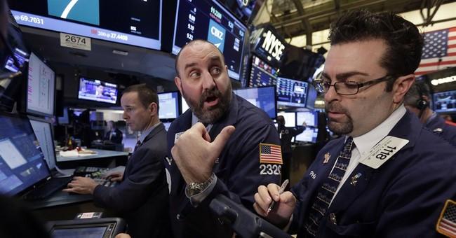 US stocks move lower as energy stocks slide