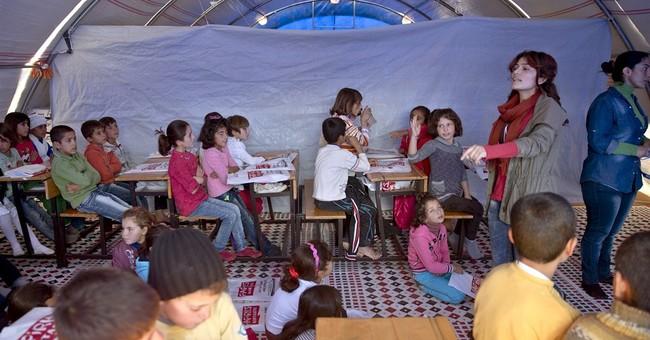 Makeshift schools for Syrian refugee children