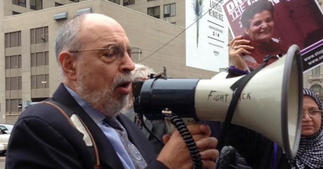 Chicago activist denies immigration crime