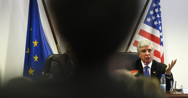 In a Mustang, US diplomat sells trade deal in EU