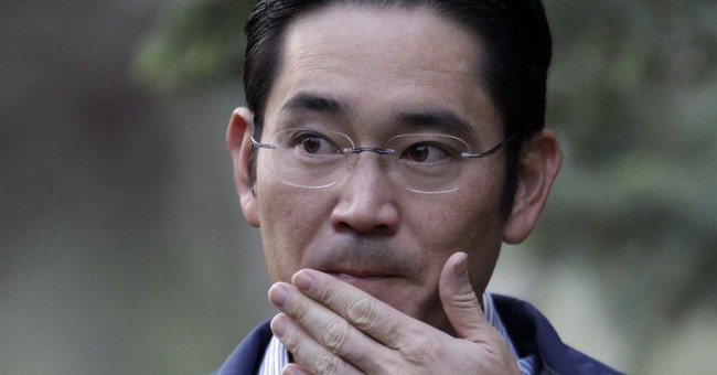 As Samsung falters, mysterious scion in the wings