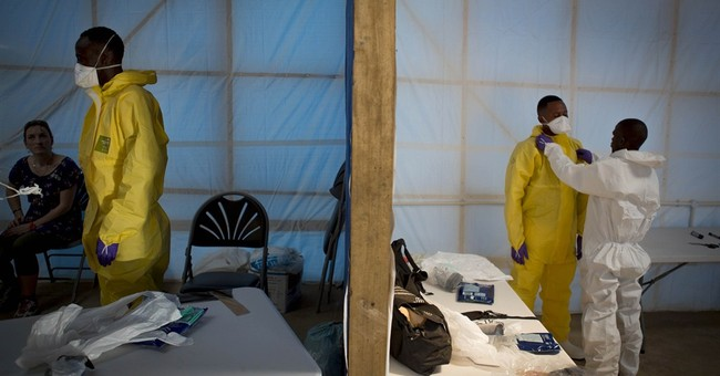 Ebola: Sierra Leone hit by lack of treatment units