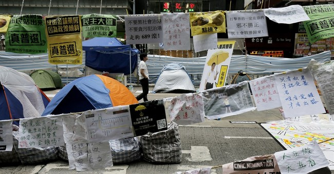 Democracy protesters clash with Hong Kong police