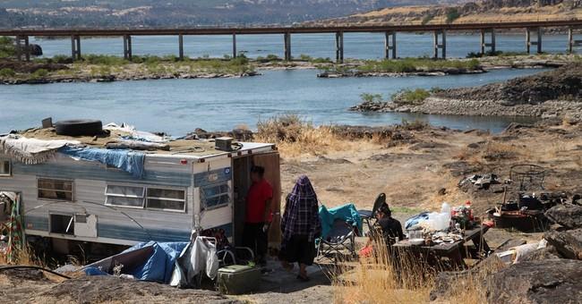 Indians seek decent housing by their beloved river