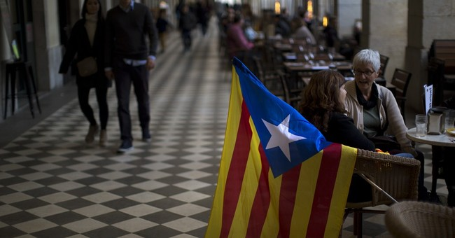Spain's PM calls for dialogue with Catalan leaders