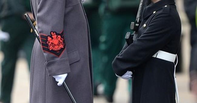 Queen Elizabeth II leads UK memorial ceremony