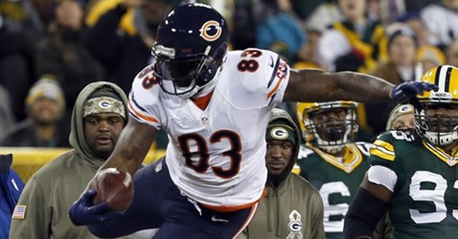 Rodgers throws 6 TDs, Packers rout Bears 55-14