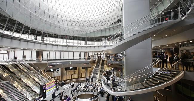 Biggest NY subway hub opens; expects 300,000 daily