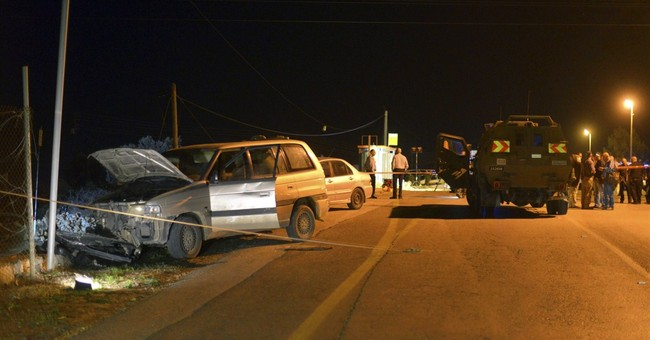 Assailants kill 1, wound 3 in Israel and West Bank