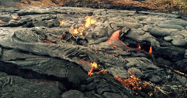 Hawaii family loses rented home to lava