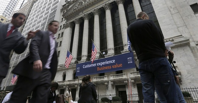 US stock indexes inch higher; Homebuilders gain
