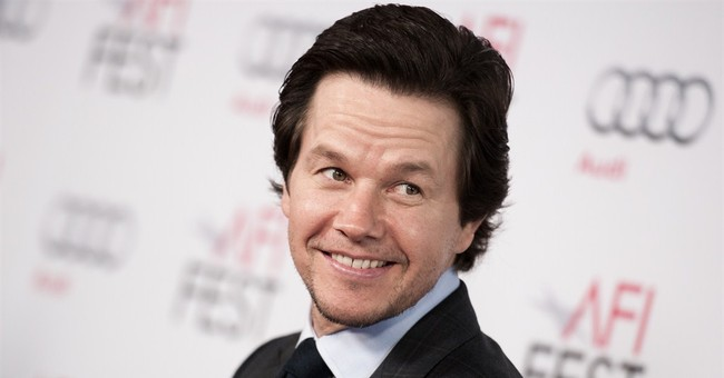 Wahlberg says Bay 'freaked out' by weight loss