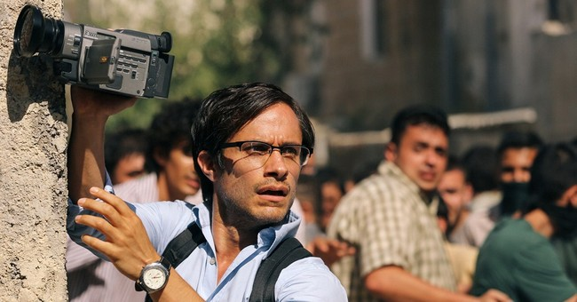 Review: Stewart displays sure hand in 'Rosewater'