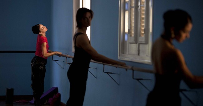 Cuban dancers return home after stardom abroad