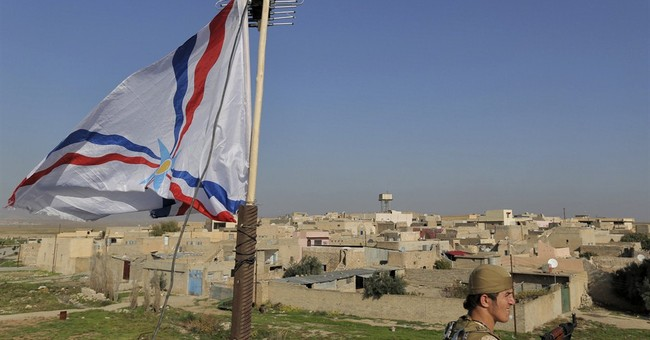 Iraq Christians guard village taken from IS group