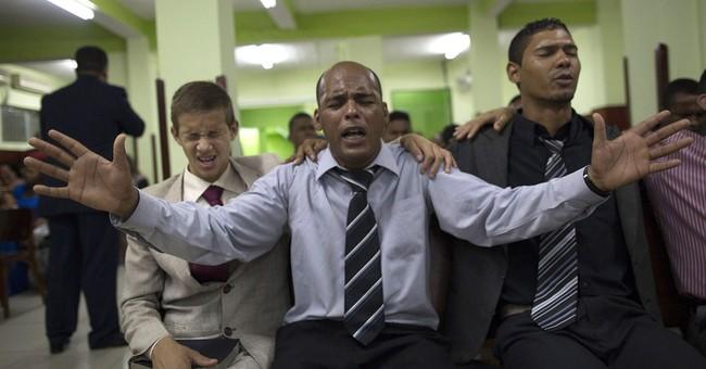 Poll: Latin America Catholics steadily leave faith