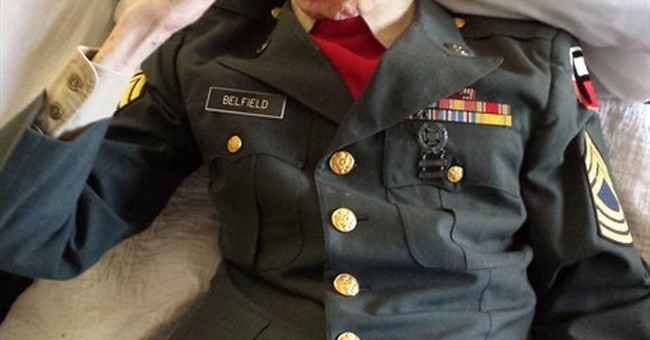 WWII veteran, 98, dons uniform for final salute