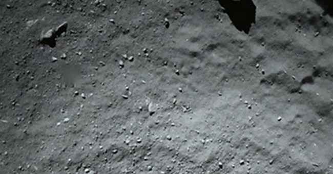 Comet photos awaken wonder at space exploration