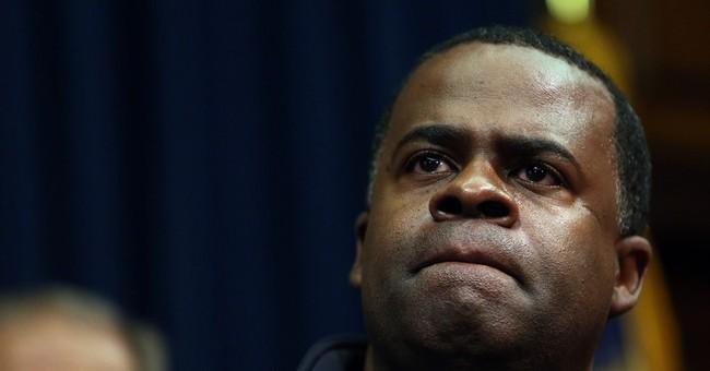 Atlanta mayor defends using emergency lanes in jam