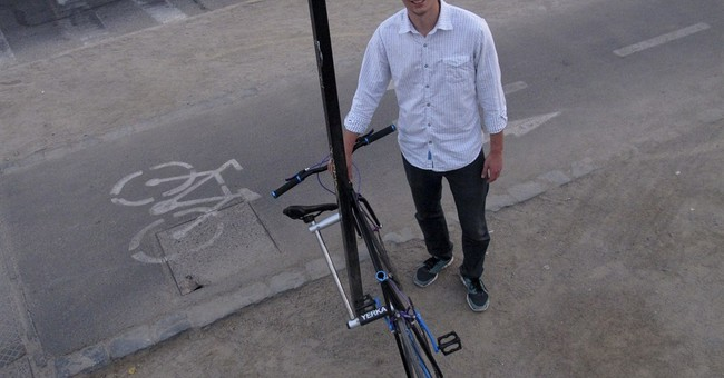 Chileans design a 'bike that can't be stolen'