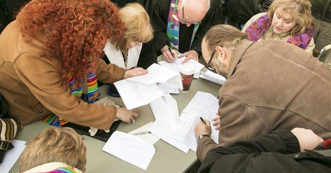 Gay couples wed in Kansas, but not in all counties
