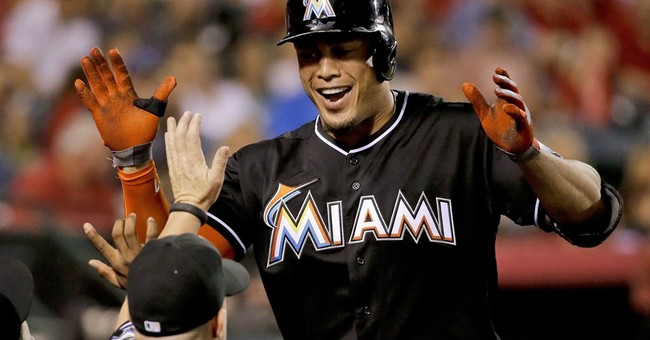 Stanton agrees to record $325M deal with Marlins