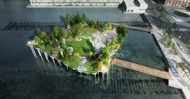 Media mogul, fashion designer to fund NY pier park