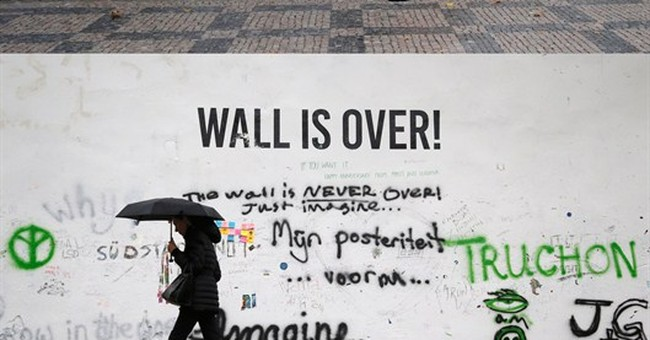 Prague wall dedicated to John Lennon painted over