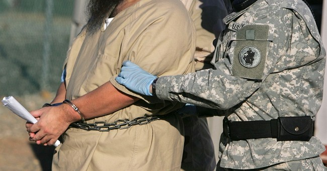 Use of women guards on hold at Guantanamo's Camp 7
