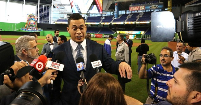 Stanton signs record $325M deal at news conference