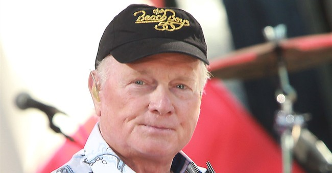 Mike Love has book deal; memoir due out in 2016